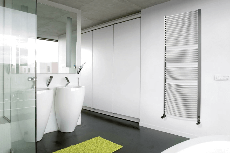 Radiator Voor Toilet : White toilet paper on radiator against wall photo free download